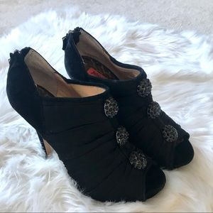 betsey johnson black walford pump with rhinestones